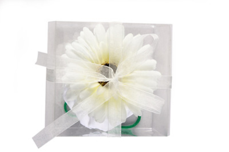 Detalle de boda de bolsa plegable margarita Ref.2901 ETIQUETAS GRATIS