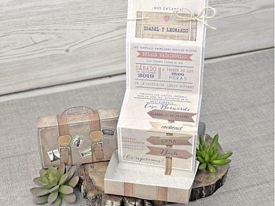 Invitación de boda maleta vintage ref.39339