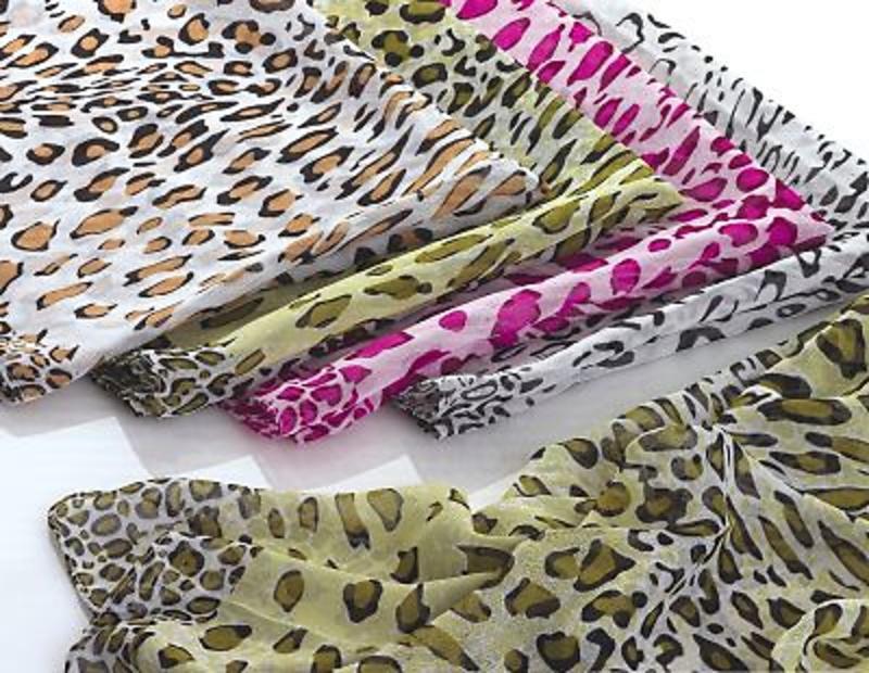 Detalle de boda fular leopardo