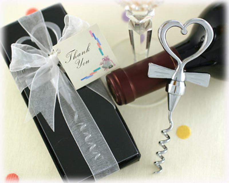 Detalle de boda sacacorchos corazón Ref 012