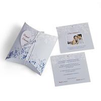 Invitación de boda flores azules. Impresión incluida